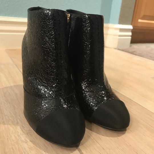 Chanel Classic Chic And Shiny black Boots Image 10