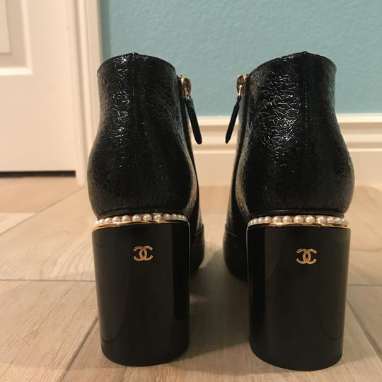Chanel Classic Chic And Shiny black Boots Image 3