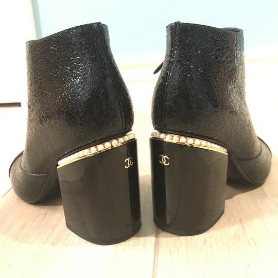 Chanel Classic Chic And Shiny black Boots Image 7