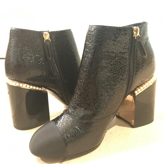 Chanel Classic Chic And Shiny black Boots Image 9