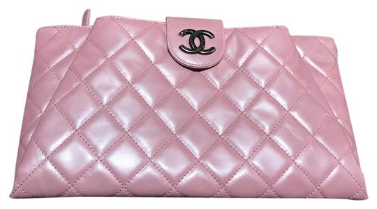 Preload https://img-static.tradesy.com/item/22349777/chanel-double-pocketquilted-resort-collection-limited-pink-calfskin-leather-clutch-0-1-540-540.jpg
