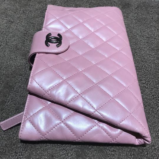 Chanel Exclusive Elegant Quilted Sold Out Collection Pink Clutch Image 2