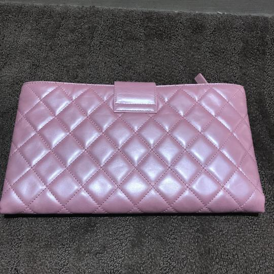 Chanel Exclusive Elegant Quilted Sold Out Collection Pink Clutch Image 3