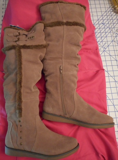 Bare Traps New Fur Linning Suede Color: Whiskey tan Boots Image 2