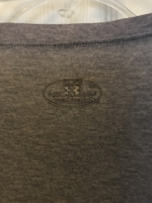 Under Armour V-Neck Stretchy Heat Gear Image 1