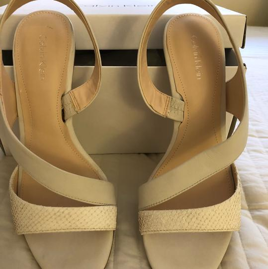 Calvin Klein white Pumps Image 3