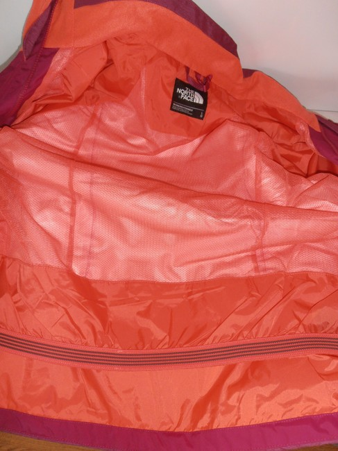 The North Face Down Hooded 3 In 1 Thermoball purple/orange Jacket Image 3