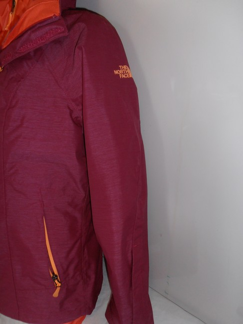 The North Face Down Hooded 3 In 1 Thermoball purple/orange Jacket Image 5