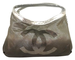 6949dbc5f553 Silver Chanel Hobo Bags - Up to 90% off at Tradesy