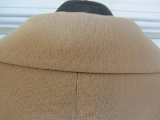 Tahari YOUR NEW FAVORITE GO TO SUIT!!! FABULOUS STITCHING DETAIL!