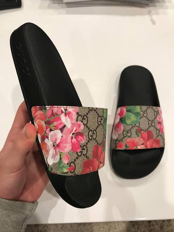 Gucci Black Pursuit Bloom Blooming Floral Beige Canvas