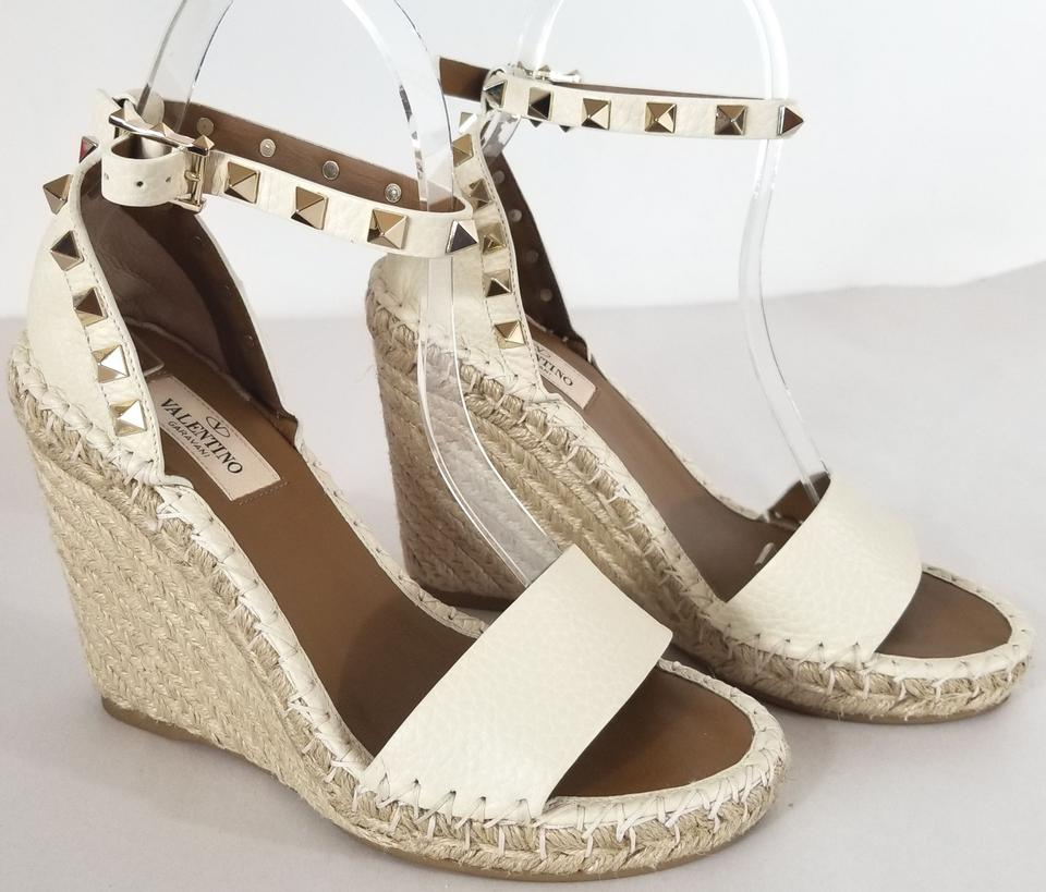 78071b102e0 Valentino Ivory Rockstud Double Leather Espadrille Sandal Wedges Size EU 35  (Approx. US 5) Regular (M
