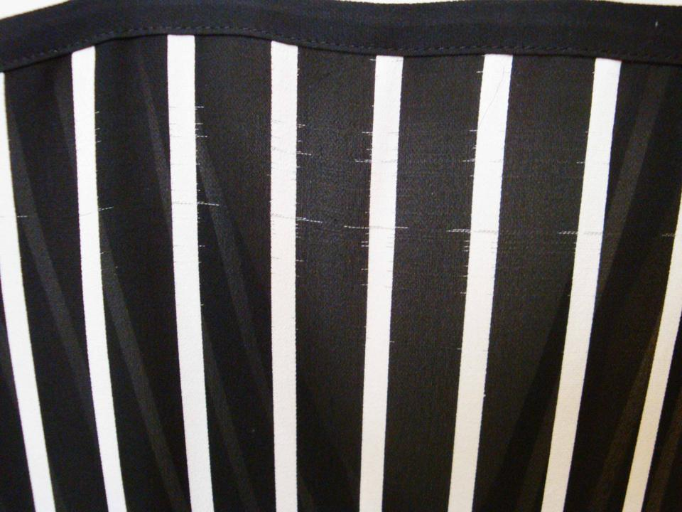 429a70ae401e25 Lauren Ralph Lauren Black White Silk Striped Blouse Size Petite 0 ...