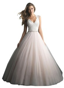 Allure Bridals Blush 9162 Traditional Wedding Dress Size 4 (S)