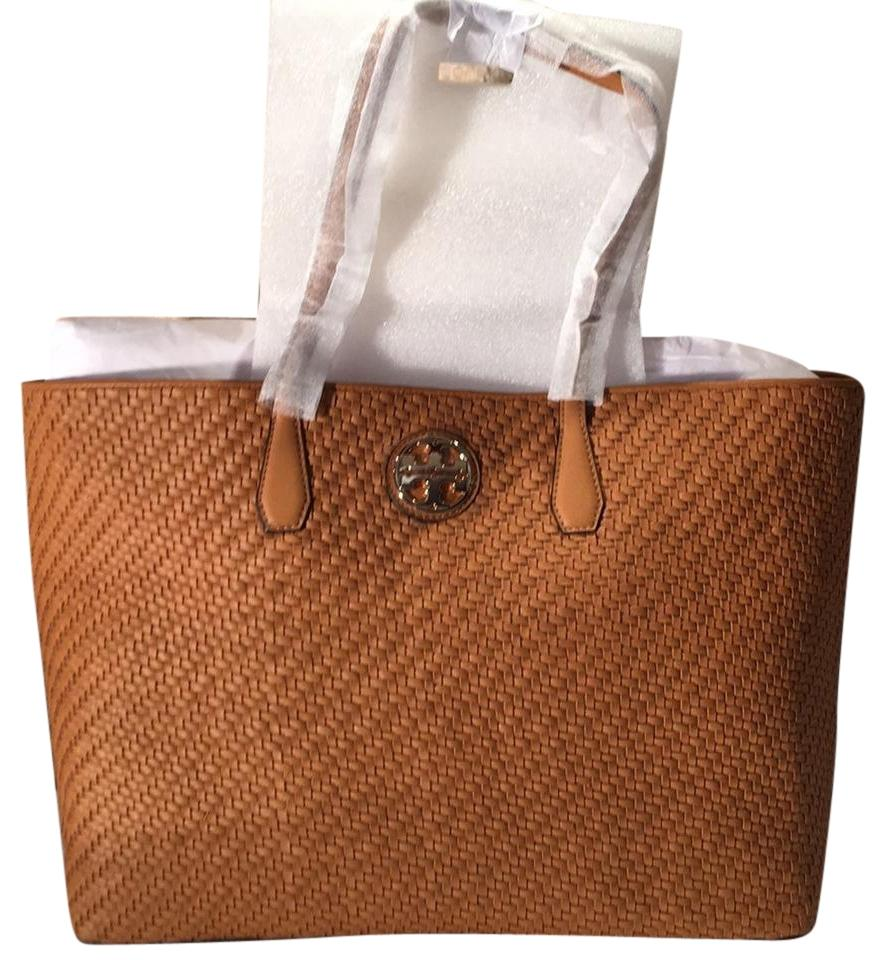 be5254b8e03 Tory Burch Duet Woven Saddle Leather Tote - Tradesy