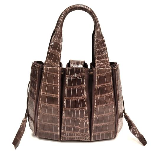 Preload https://img-static.tradesy.com/item/22362489/domenico-vacca-julie-brown-alligator-skin-leather-tote-0-0-540-540.jpg