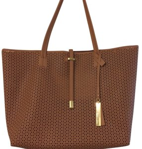 Vince Camuto Tote in Caramel