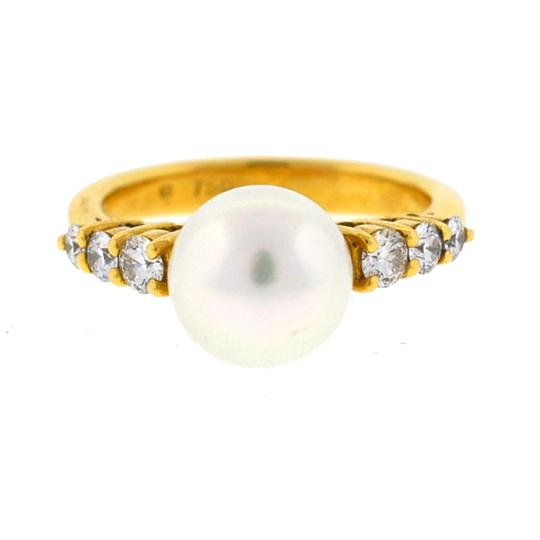 Preload https://img-static.tradesy.com/item/22363422/mikimoto-yellow-gold-18k-pearl-and-diamond-ladies-ring-0-0-540-540.jpg