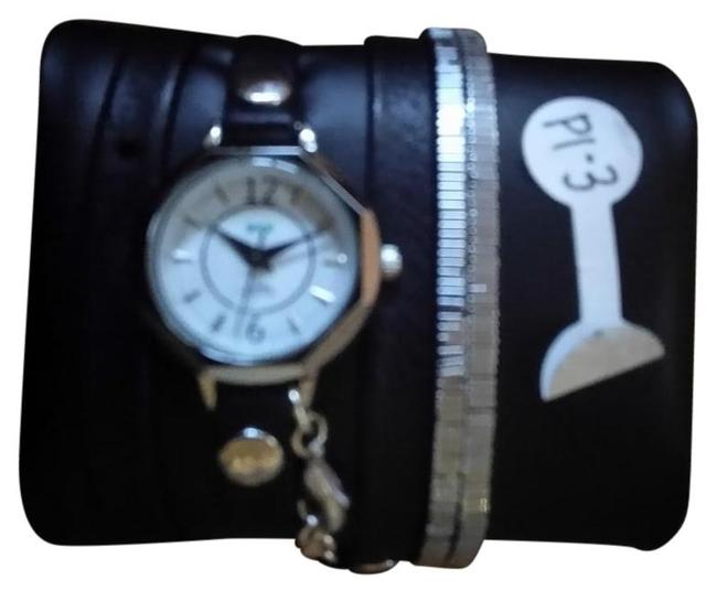 Item - Black Metal With Interchangeable Straps Watch