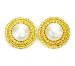Chanel Vintage Chanel Rounded Pearl Earrings 1980s
