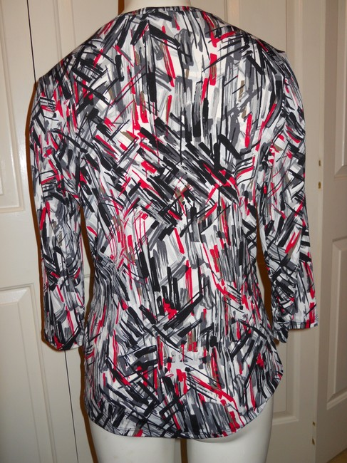 Adrienne Vittadini Pull Over Night Out Knit Tunic Top black, white, grey & red
