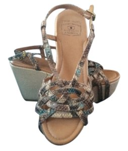 Lucky Brand tan, blue green Wedges
