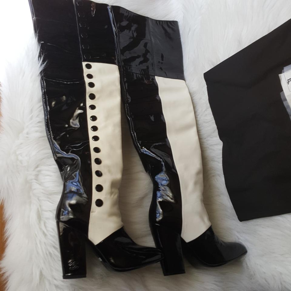 Chanel black and white 08a g26293y05153 high boots booties