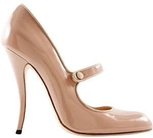 Manolo Blahnik Nude Tan Patent Patent Leather Pointed Toe Stiletto Curve Heel Ankle Strap Mary Jane Beige Pumps