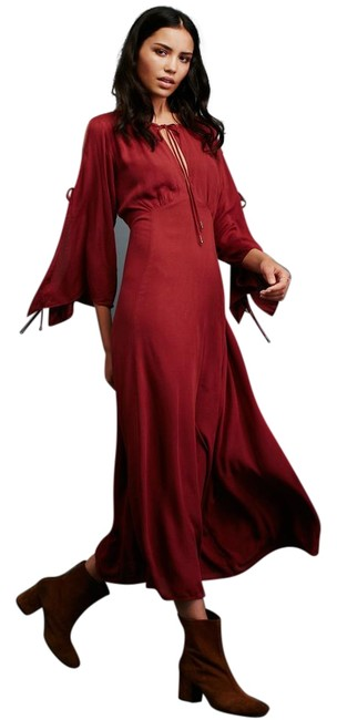 Item - Red Prettiest Thing Midi Cold Shoulder Mid-length Casual Maxi Dress Size 8 (M)