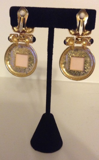 Accessory Lady Gold and Pearl Clip Earrings