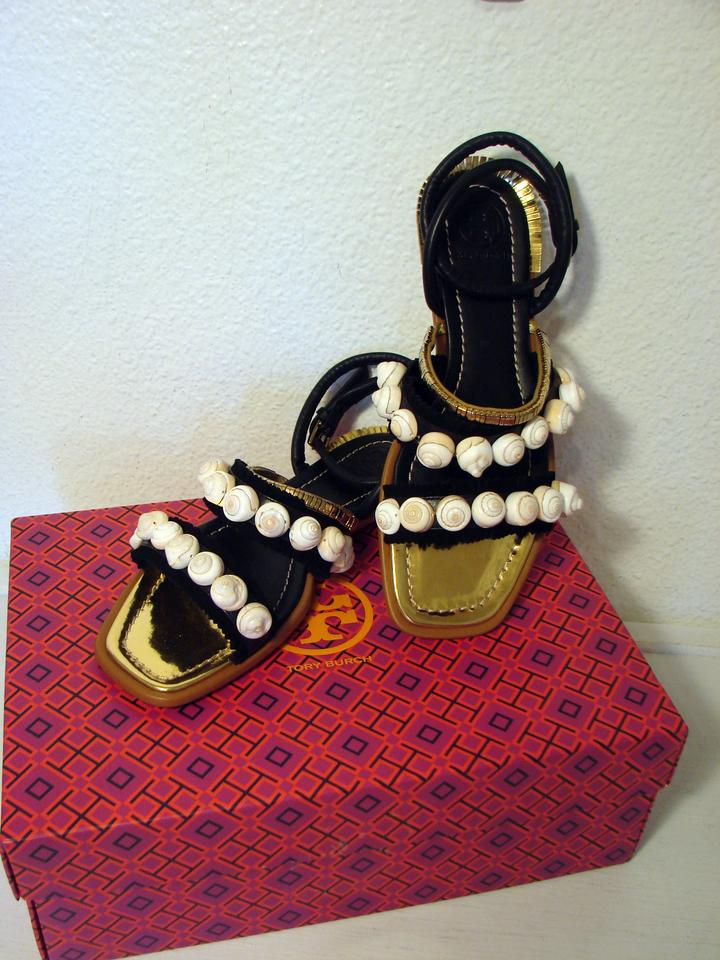 472f7391fdae01 Tory Burch Black Gold Sinclair Seashell Black Gold Sandals Size US 6  Regular (M