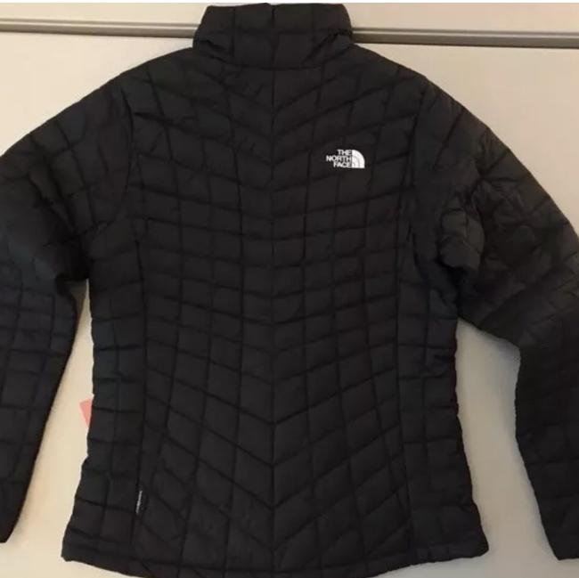 The North Face The North Face Women's Thermoball Full Zip Jacket in black Image 1