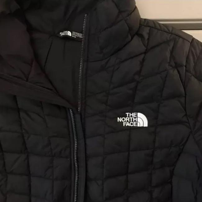 The North Face The North Face Women's Thermoball Full Zip Jacket in black Image 2