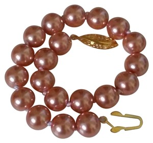 Beautiful 8mm South Sea Shell Pearl Bracelet