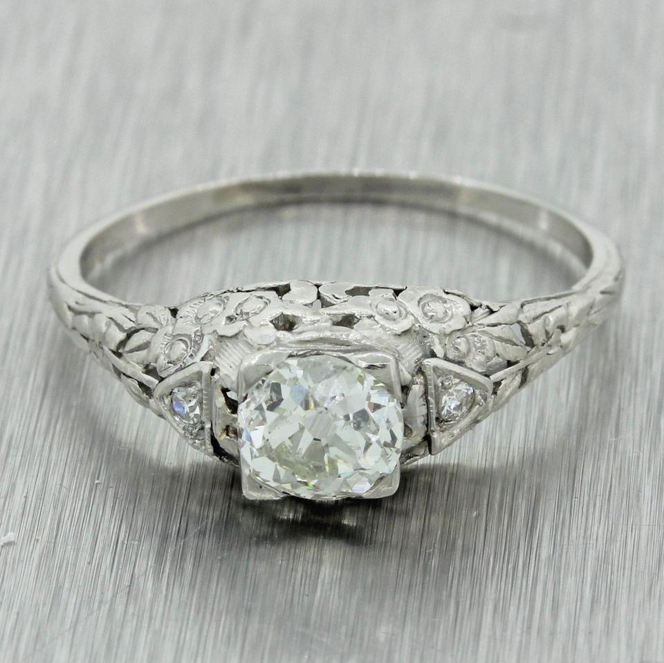 White 1920s Filigree Platinum 90ct Diamond Engagement Gia