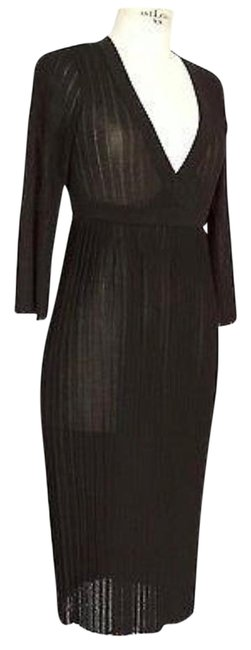 Preload https://img-static.tradesy.com/item/22373365/dolce-and-gabbana-black-mid-length-night-out-dress-size-4-s-0-1-650-650.jpg
