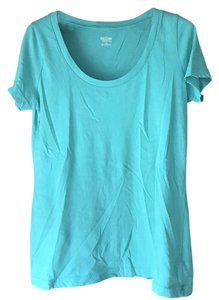 Mossimo Supply Co. Rounded Neckline Sleeve Cotton/Polyester Machine Washable T Shirt Green