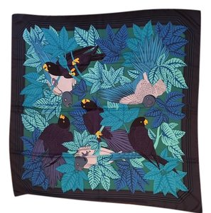 Hermès Plume Scarves - Up to 70% off at Tradesy 40773173ca1