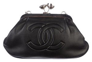 Chanel Lambskin Kisslock Logo Silver Black Clutch