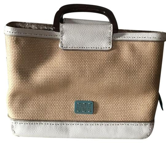 Preload https://img-static.tradesy.com/item/22374361/sigrid-olsen-perfect-size-carry-and-go-tan-and-ivory-satchel-0-1-540-540.jpg
