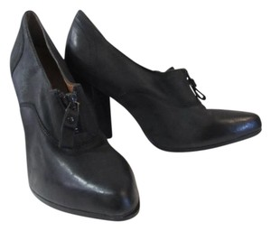 No. 704b Leather black Boots