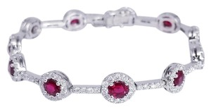 Ruby Red 18k White Gold And Bracelet