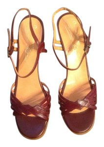 a0842b2dace5 Etienne Aigner Sandals - Up to 90% off at Tradesy