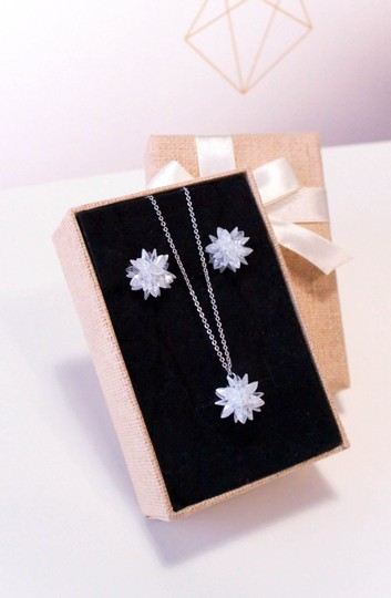 Ocean Fashion Fashion snowflake silver necklace set Image 4