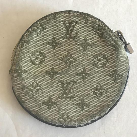 Louis Vuitton beige Clutch Image 3