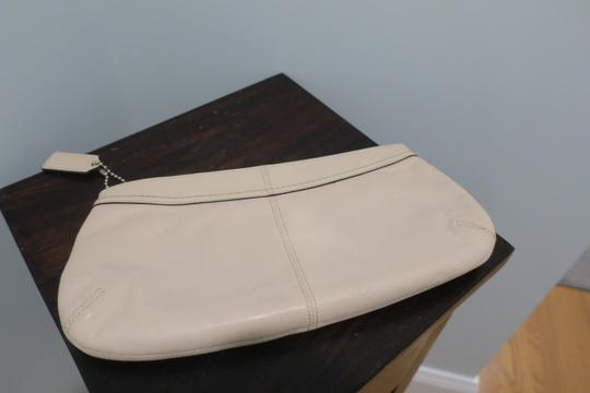 Coach Zip-up Evening Ivory Clutch Image 4