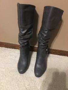 Journee Collection Gray Boots