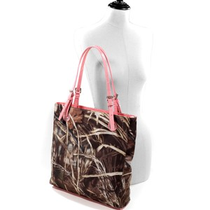 Realtree The Treasured Hippie Designer Handbags Affordable Camo Bags High Quality Bags Tote in Pink