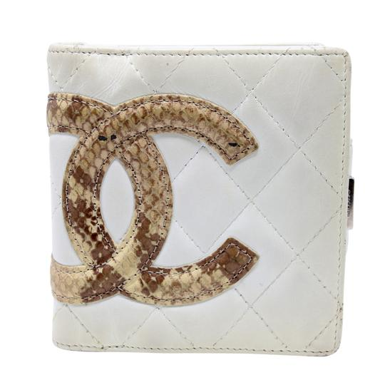 Preload https://img-static.tradesy.com/item/22380818/chanel-eggshell-cambon-limited-edition-cc-quilted-python-lambskin-leather-travel-wallet-0-0-540-540.jpg
