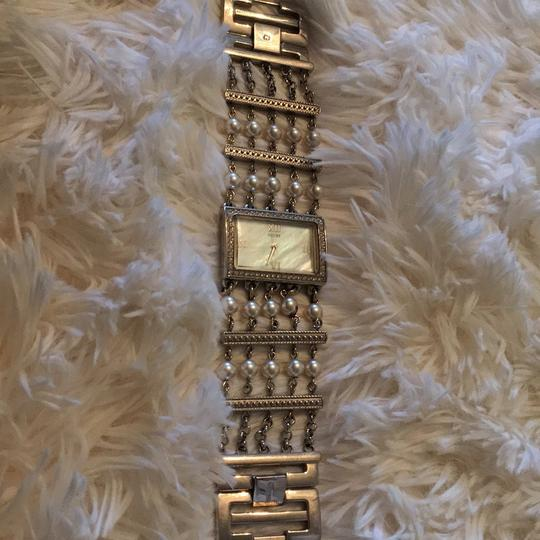 Guess Guess Pearl Silver Watch Image 1